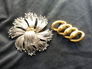 Two beautiful vintage monet brooches