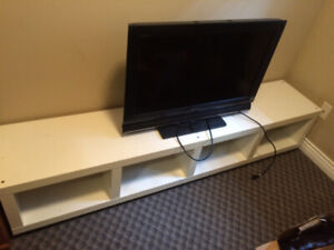 SONY 32inch TV with Ikea TV Bench