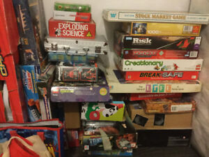 Many toys for sale (including board games, legos, hockey table)