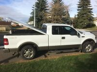 2004 Ford F-150 Lariat Pickup Truck *Low KM's*
