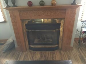 Fireplace Mantle - Excellent Condition (St. Thomas)
