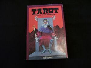 Set of TAROT cards + book - 2 items