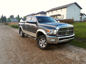 Fully loaded Laramie 3500ram