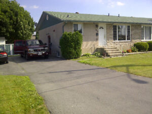GREAT BASEMENT APARTMENT IN GOOD LOCATION