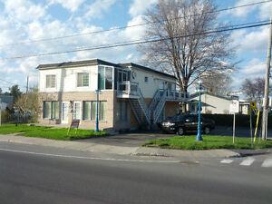 Centre-villed e Blainville 6½ disponible maintenant