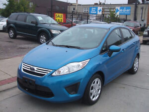 2013 Ford Fiesta SE - Accident Free, Low Kms