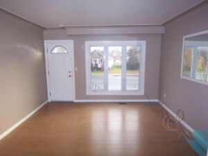 Near University/ Hospital.  Clean Bright Open, All-Incl, Laundry