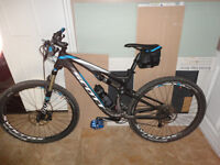 2014 Scott Spark 730 Brand new with hope pedals and bike stand