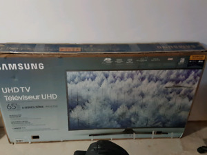 "65"" Samsung 6-series Smart TV MU6300 4K"