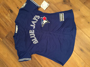 Toronto Blue Jays jersey- women's medium