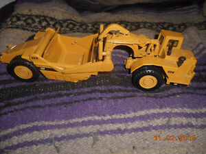 1/50 scale caterpillar diecast Kitchener / Waterloo Kitchener Area image 4