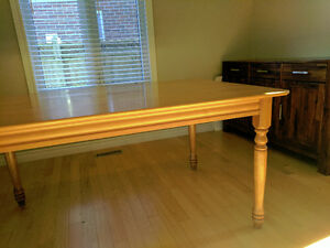 Solid Maple, Roxton Temple Stuart, Dining Table