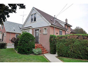Amazing detatched house for rental in Hamilton (Mountain Area)