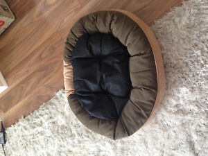 Cat/ Dog bed - reversible London Ontario image 2