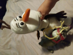 Talking Olaf  and Plastic Sven