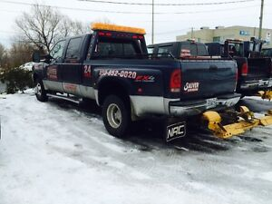 Camion 2004 Ford F-350 wheel-lift depanneuse