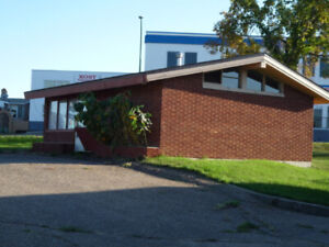 Commercial Hwy Property for lease