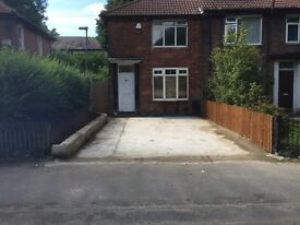 2 Double Bedroom secure Large Back Garden