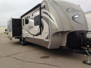 2013 Cougar High Country 321RES Keystone RV travel trailer