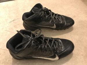Nike football cleats, sz 10