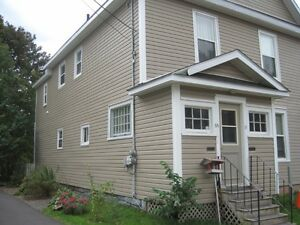 Large 2 bedroom Upstairs Apartment - Amherst