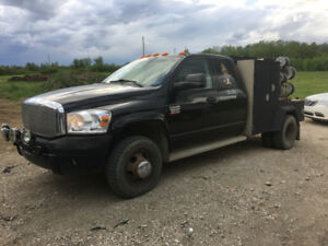 Welding truck