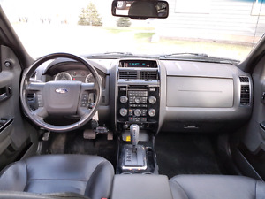 2008 Ford Escape LIMITED **8000**