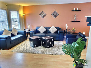 Stylish townhouse in Timberlea -Util included