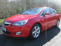 12/12 VAUXHALL ASTRA 2.0 CDTI SRI AUTOMATIC 5DR IN RED WITH ONLY 39,000 MILES