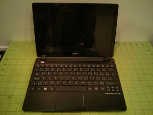 Acer Aspire One Laptop Notebook Netbook AMD, 2GB, 320GB HDD