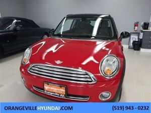 2009 Mini Cooper Clubman MT - Leather/Dual Roof, Trade-in, Low K