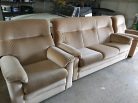 Parker knoll sofa & pair armchairs suite 3 1 1