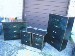Used Nice 4 Pc Bedroom Set,good con,delivery extra$$,read inside