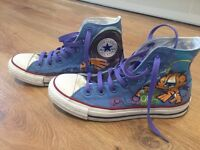 Converse Morse limited edition size 4 very RARE can post, as new