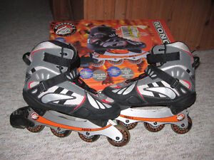 Mens size 11 Roller Blades in Excellent Condition for sale