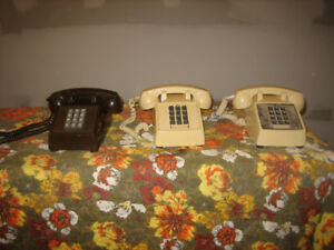 "vintage Northern Telecomm ""2500"" touch tone phones"