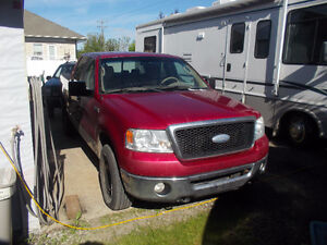 REDUCED$5200.00  2007 Ford XLT Pickup Truck Need room in my Shop