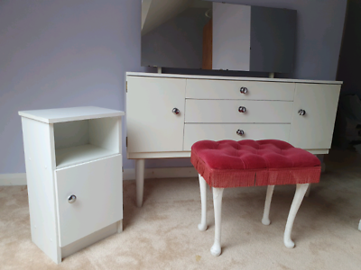 Retro Vintage 1970 Girls Bedroom, Mirrored Dressing Table Set Gumtree