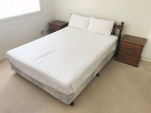 2 sets of queen size bed frame with sealy & sleepmaker mattress