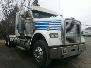 2004 FREIGHTLINER FLD120 CLASSIC WITH WETLINE PRICE $ 29,500