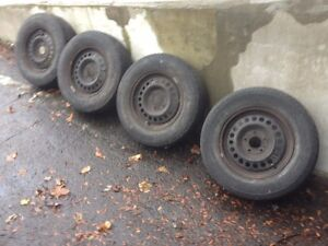 GOT 4 TIRES ON RIMS P205-75-R15