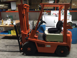 Toyota Forklift-3000lbs.,pneumtc tires,LPG,immaculate condition