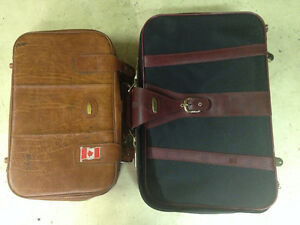 2 Luggage Bags