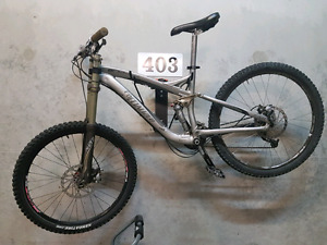 GREAT CONDITION 2008 Specialized Enduro comp sl