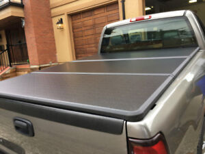 Tri-fold Hard Tonneau Cover for DODGE RAM/ FORD/ CHEVROLET/ GMC