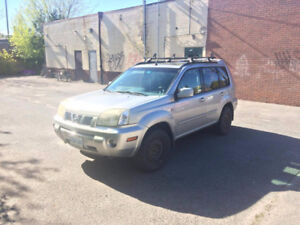 2005 Nissan X-trail LE 4x4 fully loaded