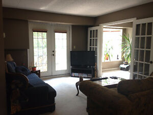 Avail.Nov 1 ~ 1bdrm + den @ Walkers/Upper Middle, Burlington