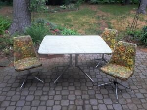 Vintage 60's Kitchen table set