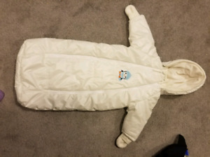 1pc snowsuit 3-6mos