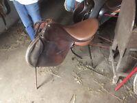 """English leather 17"""" GP saddle"""